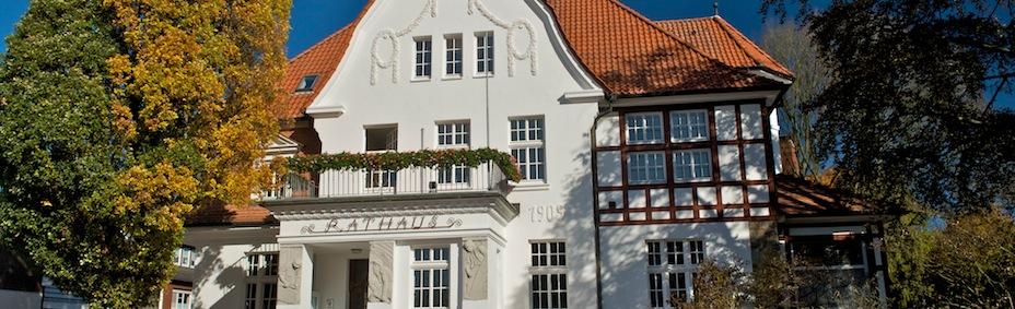 http://www.essen-oldb.de/fileadmin/template/gemeinde/bilder/Kopfbilder/img_background_rathaus100.jpg
