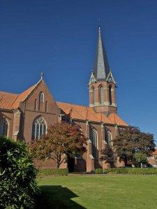 Kopfbedeckung Katholische Kirche